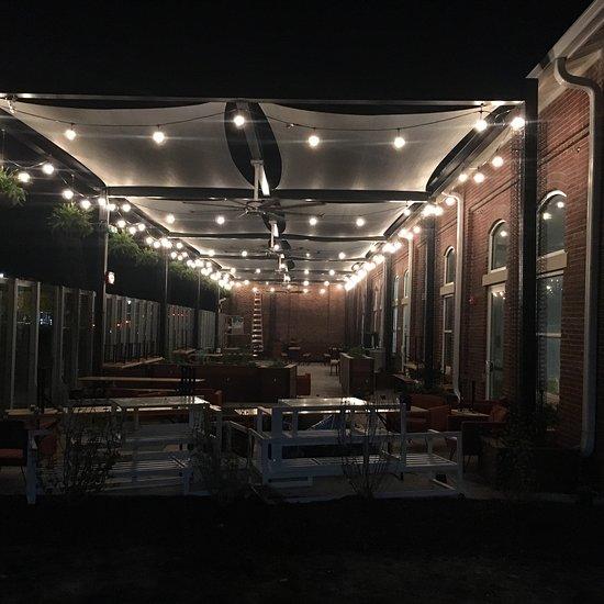 Apartments In West Des Moines: Restaurant Reviews, Phone