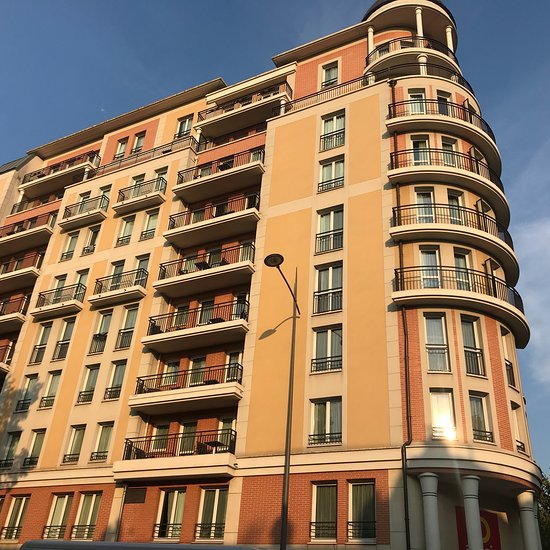 아다지오 시티 아파트호텔 몽루주