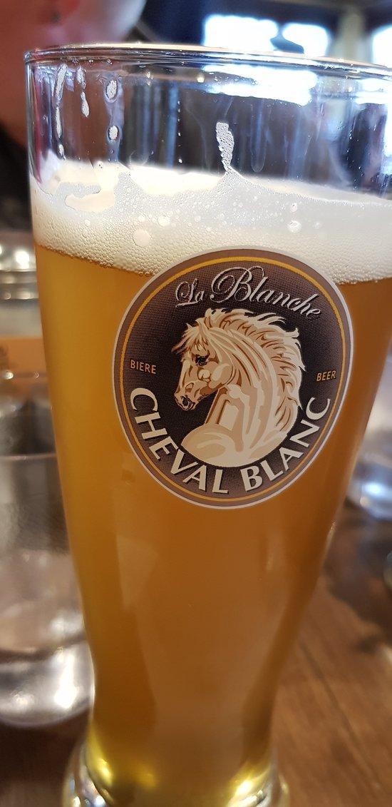 Bière blanche.