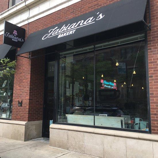 fabiana 39 s bakery chicago hyde park restaurant reviews. Black Bedroom Furniture Sets. Home Design Ideas