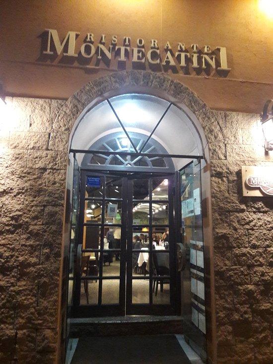 Montecatini restaurante mendoza fotos n mero de for Silla 14 cafe resto mendoza mendoza