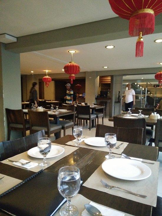 Dainty Restaurant, Angeles City - MacArthur Hwy ...