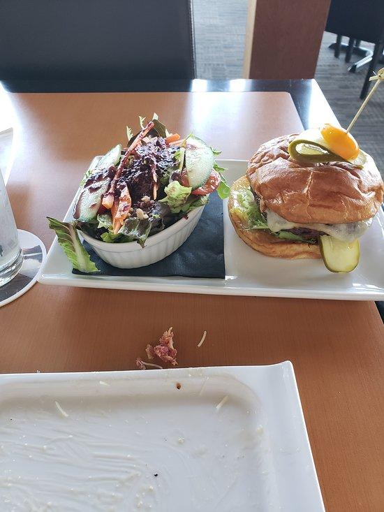 Black Iron Restaurant At Tobiano Kamloops