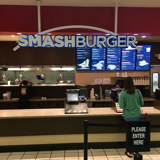 Smashburger, Philadelphia - 8500 Essington Ave - Restaurant