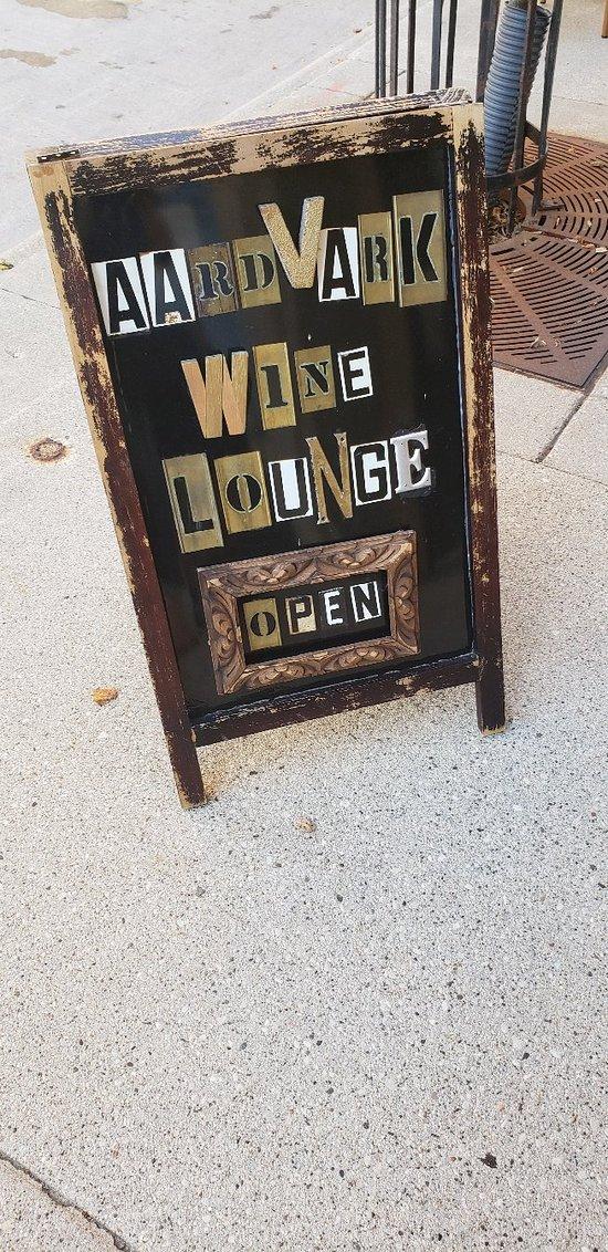 Aardvark Wine Lounge