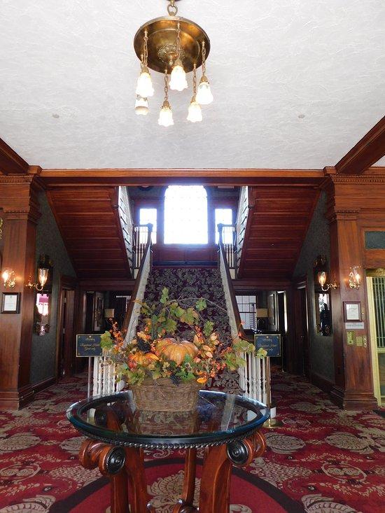 Cascades Restaurant At The Stanley Hotel Estes Park Menu Prices Reviews Tripadvisor