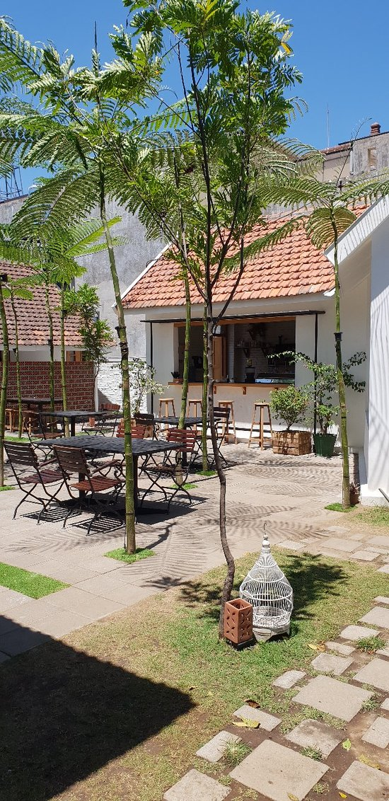 Hab Bit Eatery Coffee And Beer Malang Restaurant Reviews