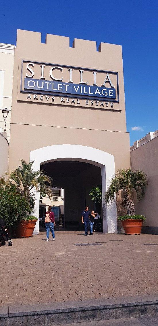Sicilia C Quello Village Che 2018 agira Aggiornato Outlet Tutto v8qrxv
