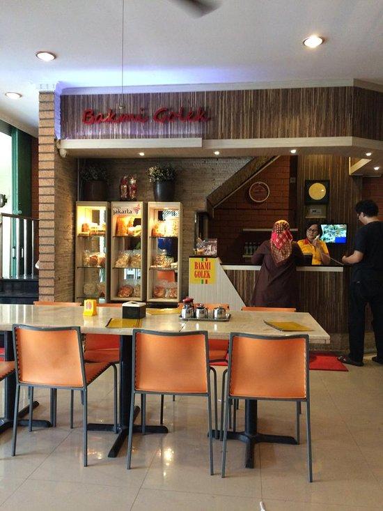 Bakmi Golek Cikarang Jl M H Thamrin Kavling 135b Restaurant