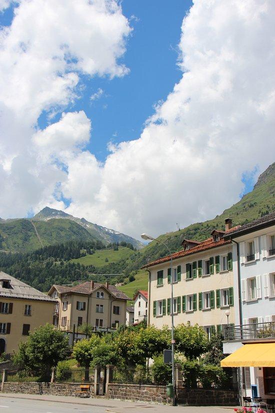 Hotel & Ristorante Forni Airolo