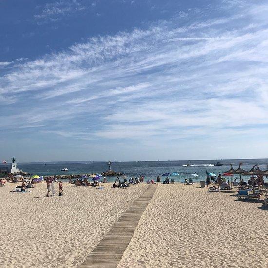Dlhá pláž datovania škvrny