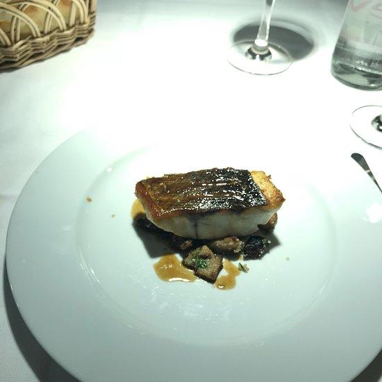 La Table d\'Aki, Paris - 7th Arr. - Palais-Bourbon ...