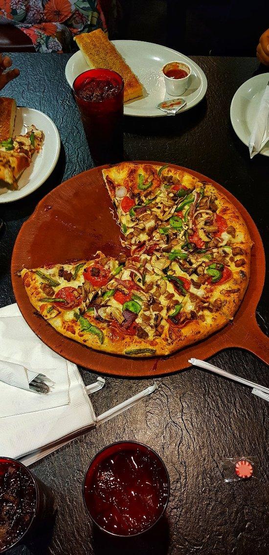 Pizza Hut Orlando 700 Maguire Blvd Menu Prices Restaurant Reviews Tripadvisor