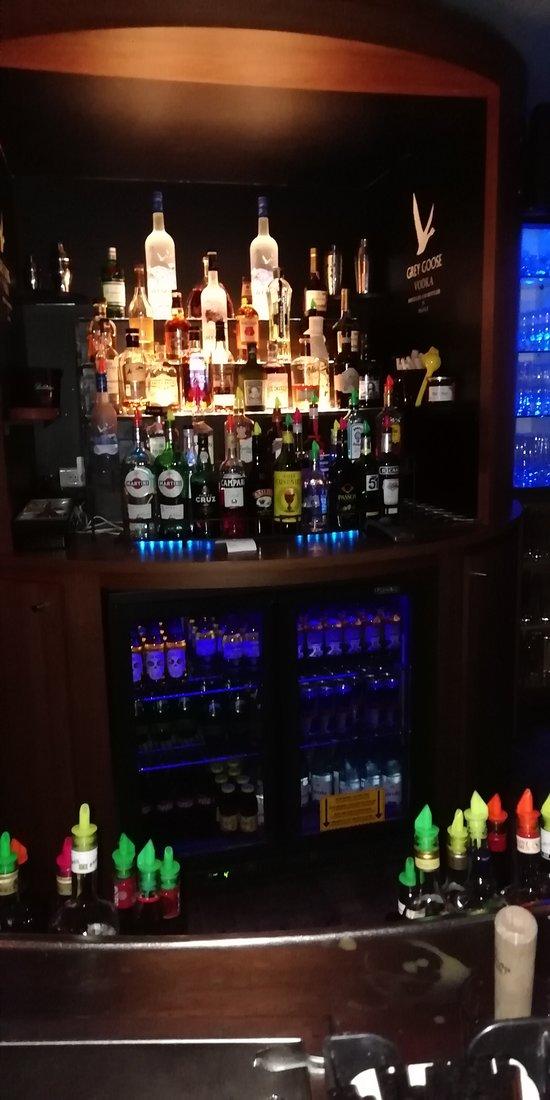 Large choix d'alcool.