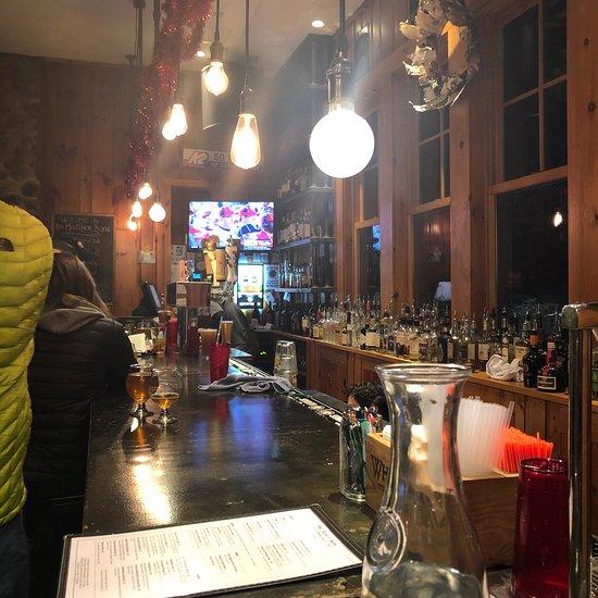 Mad River Barn Restaurant and Pub, Waitsfield - Restaurant ...