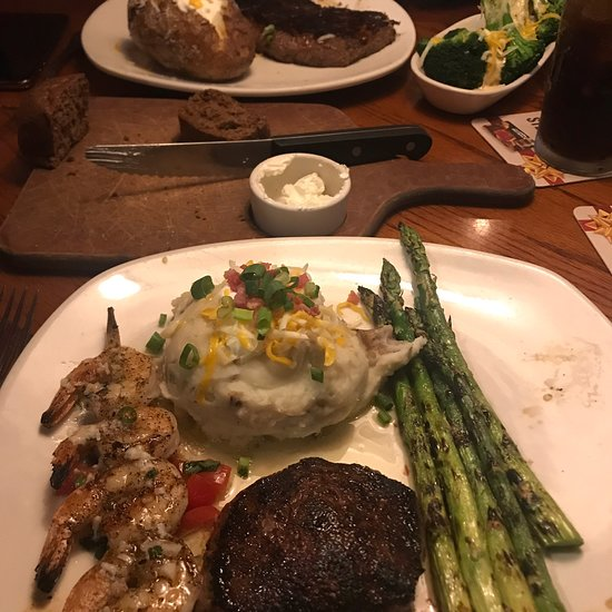 Outback Hawaii Kai >> Outback Steakhouse, Honolulu - 6650 Kalanianaole Hwy - Restaurant Reviews, Phone Number & Photos ...
