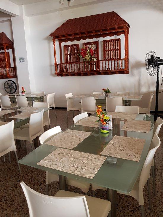 ホテル サン フェリペ プラザ