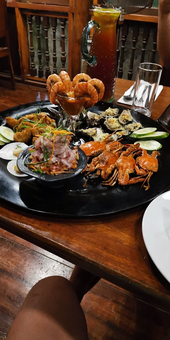 Subo is a place to be when your going to boracay  °excellent food taste and presentation °Nice and cozy place,  ° accommodating staff