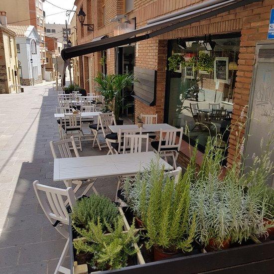 imagen Mitja Lluna Cafe Bar en Sant Cugat del Vallès