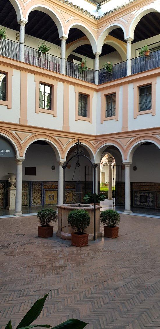 Patio du Musée...