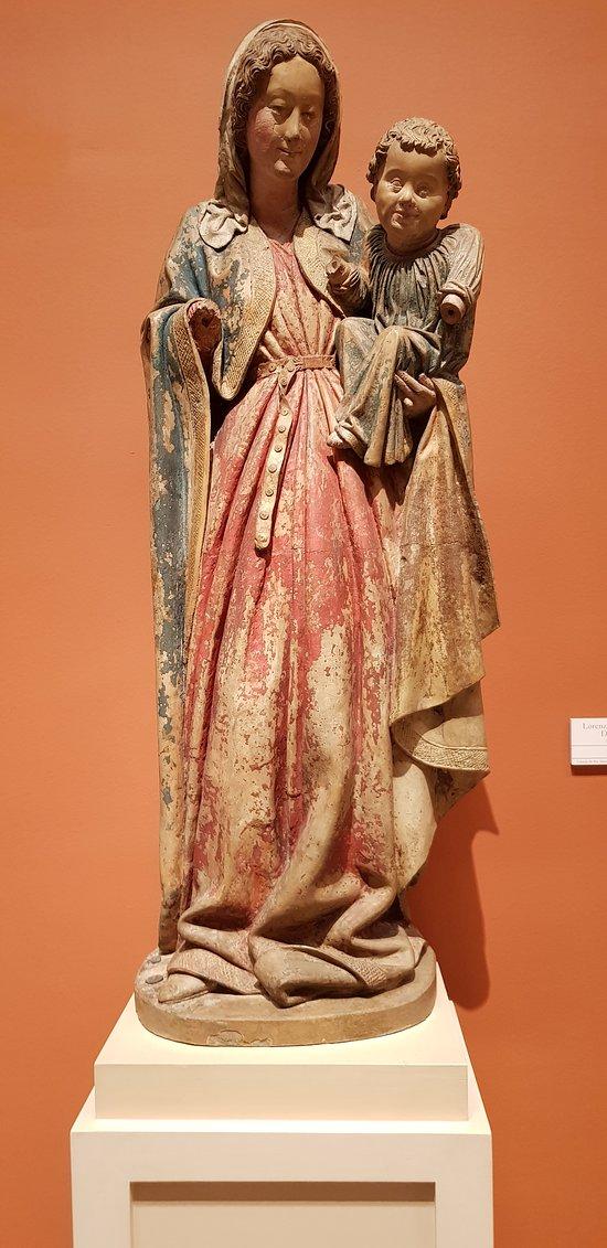 Vierge à l'enfant médiévale d'inspiration française