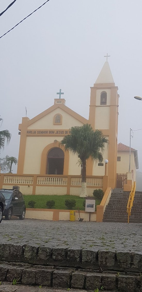 Maravilhosa cidade construída pelos Ingleses olha essa Igreja