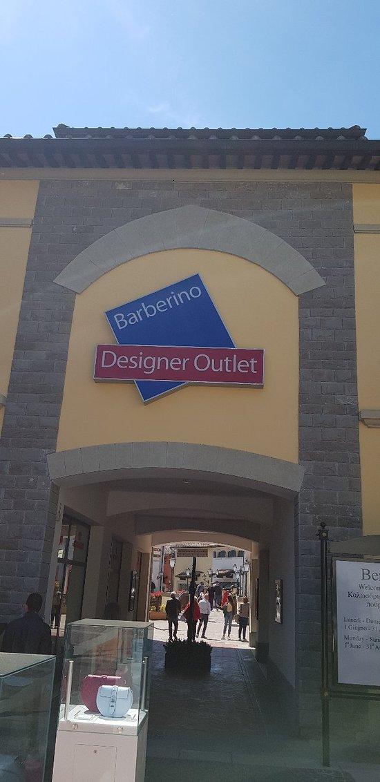 5d6a7134b6b Barberino Designer Outlet (Barberino Di Mugello)  AGGIORNATO 2019 ...