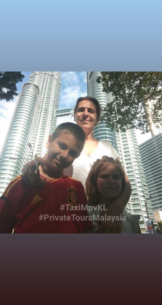 Private City Tour with traveler from Spain. #taximpvkl #MAMHolidaysMalaysia #privatetoursmalaysia