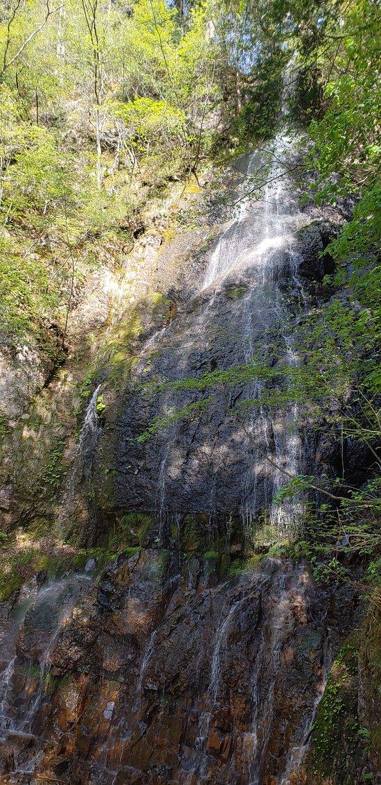 Sankyu no Taki Falls