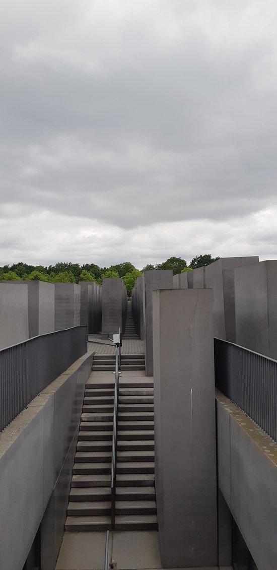 La vista centrale del memoriale