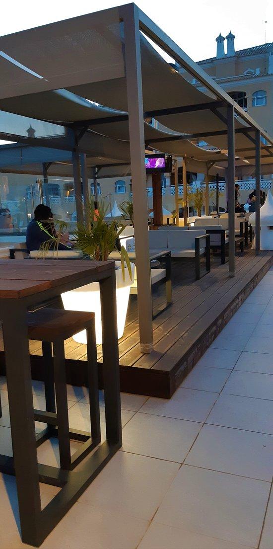 Mandala Lounge Tapas Bar venha disfrutar o por do Sol connosco