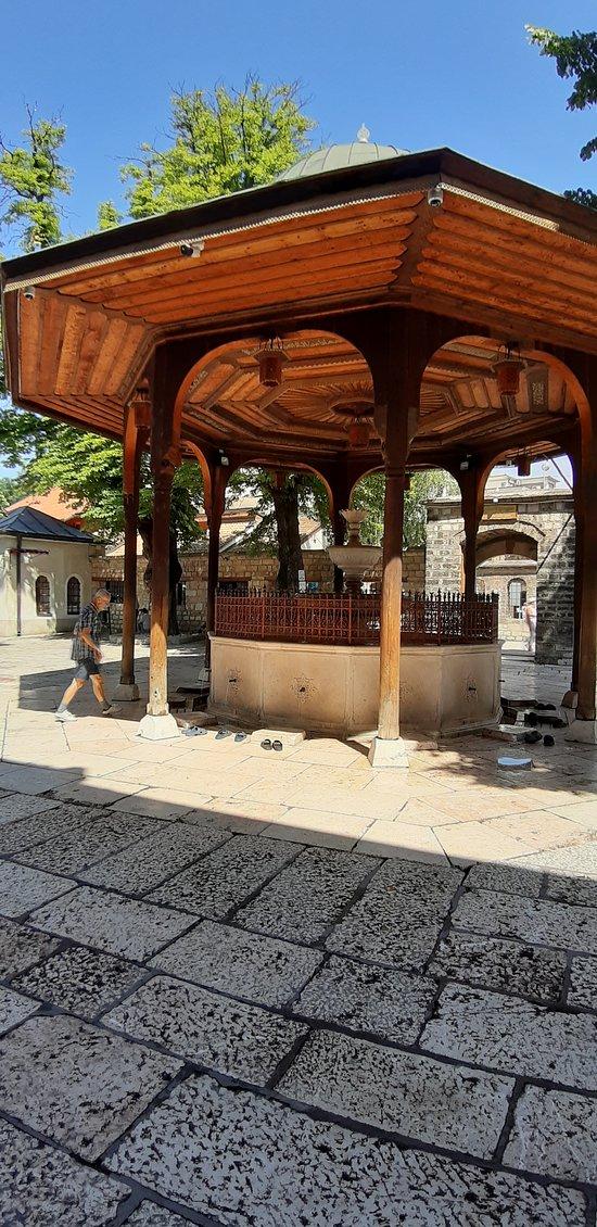 Gazi Husrev Bey's Šadrvan