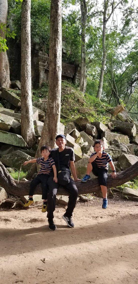 ベンメリアにて、トムさんと息子たち。楽しい2日間でした!