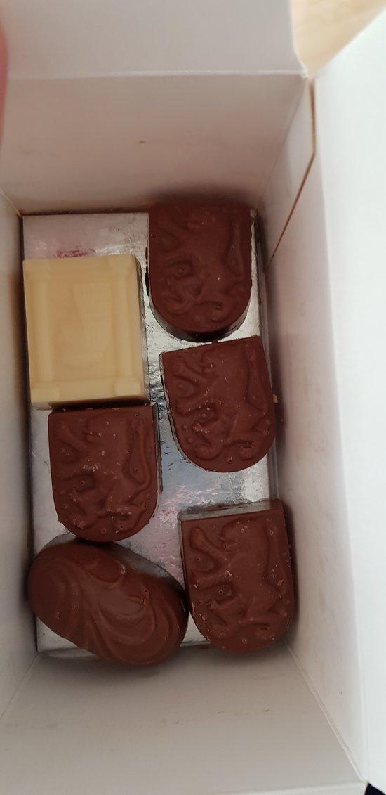 donde comprar chocolate barato en brujas