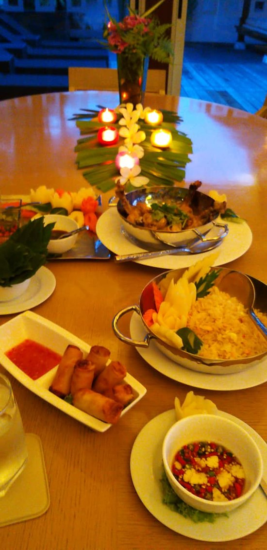 Amazing food and service in this villa  Laemsingh Villa 3 - 4 Beds - Phuket