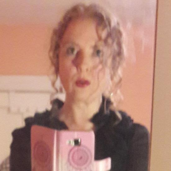 Pretty Polish Woman: user: roscrea, 45 years old