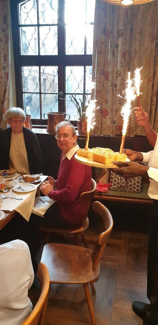 Familienfeier anlässlich 80. Geburtstags