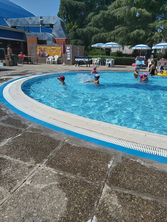 Piscina Cavina Bologna 2020 All You Need To Know Before You Go With Photos Bologna Italy Tripadvisor