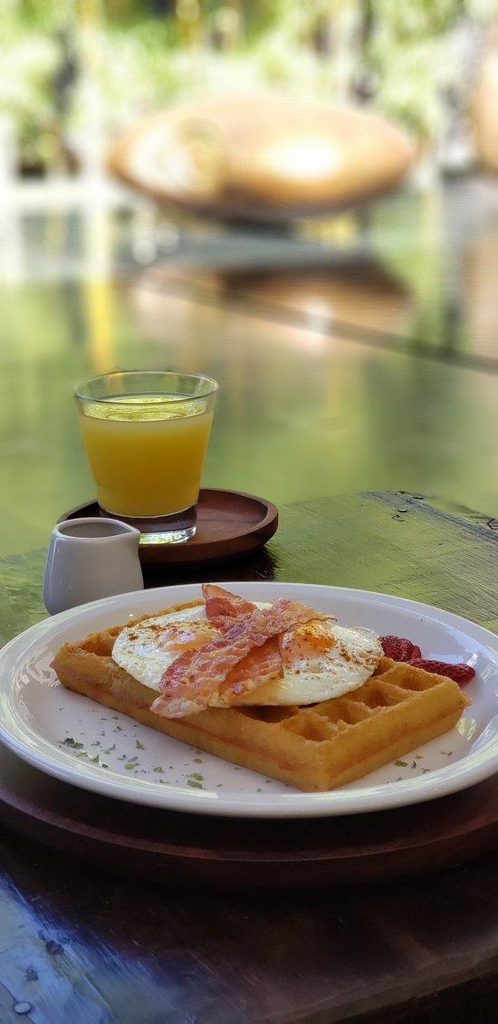 delicioso waffle belga