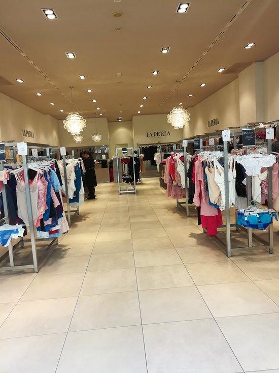 Shopping Village Castel Romano: AGGIORNATO 2020 tutto