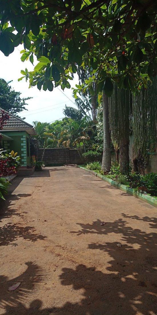 Anna's Place Entebbe