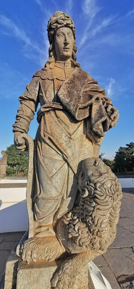 Estátua em pedra-sabão do Profeta Daniel