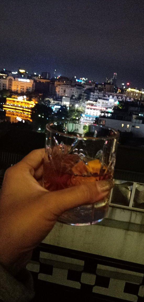 Nice rooftop bar in hanoi