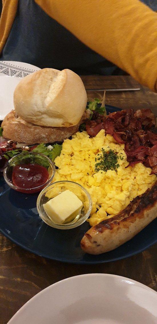Excelente opción de desayuno tardío