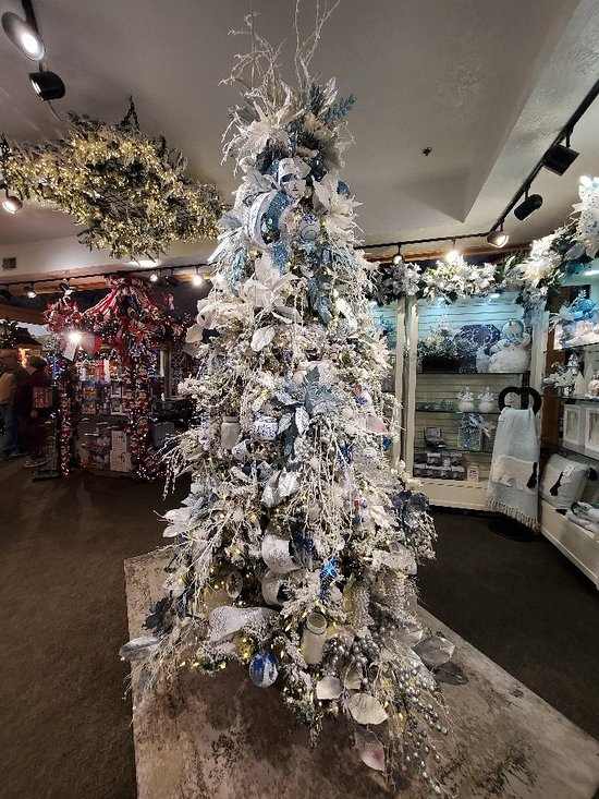 Christmas Place (Pigeon Forge) - 2020