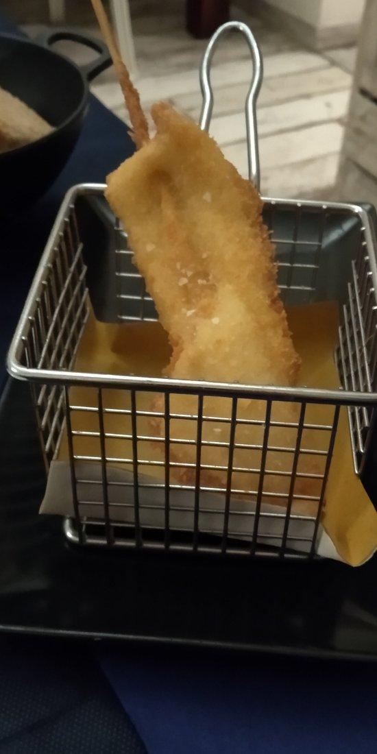 Spiedino di calamaro con farina di cocco