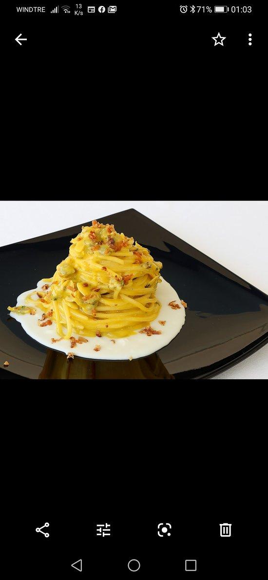 Spaghetti di Gragnano alla Carbonara di Mare
