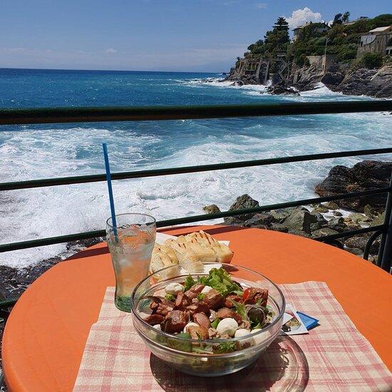 Pranzi affacciati sul mare