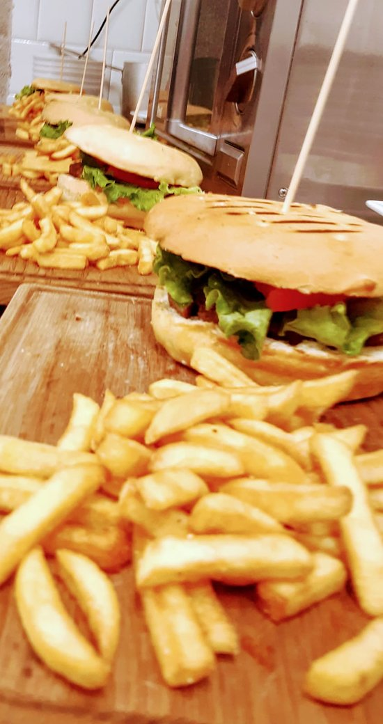 I mitici Hamburger con patatine del Neps