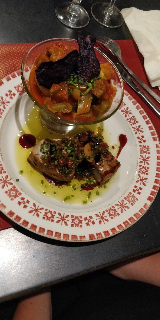 Main dish: Tuna with ratatouille